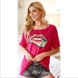 Price 🔻🔻NEW💖LIPS!! Graphic Loose Fit Top-Small